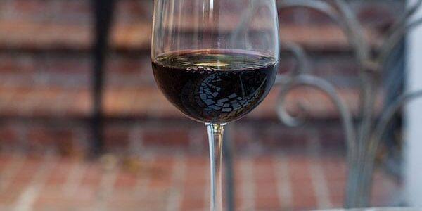 16_oz_vina_tall_wine_03env